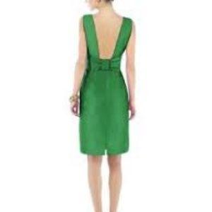 New Alfred Sung Emerald Sateen Twill Bow Dress